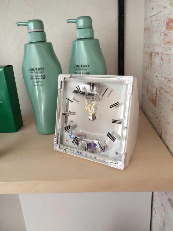 山口県山口市宮野の美容室シューケット(chouquette)に可愛い時計がやってきました